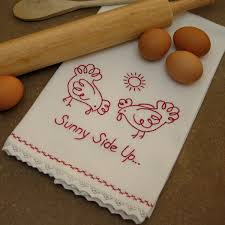 redwork towel free embroidery pattern needleknowledge