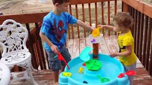 Little Tikes Play Table Little Tikes Fish U0027n Splash Water Table Review Youtube