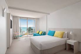 White Bedroom Suites Rooms To Go Rooms U0026 Suites Eventhouse Cronulla