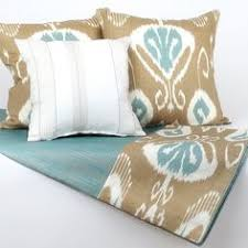 bed scarves and matching pillows large inventory stock jacquard design luxury 5 star hotel bed