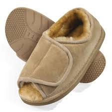slippers and socks hammacher schlemmer