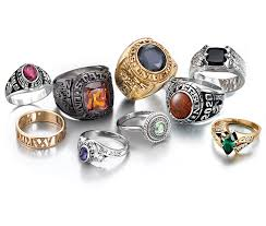 high school class jewelry high school class ring companies jostens yearbooks class rings
