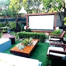 Modern Backyard Design Ideas Modern Backyard Landscaping Ideas Dining Deck In A Modern Backyard