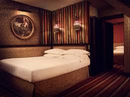 junior suite luxury 4 stars hotel in paris le bourg tibourg