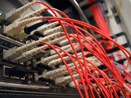 smart guide install fibre optic cables into connectors in 12