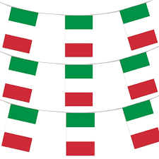 Plastic Flags 400ft 120 Meters Italian Flag Bunting Italy Party Euro Decoration