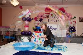 clown show for birthday party thebubblelady the never stops when one pops