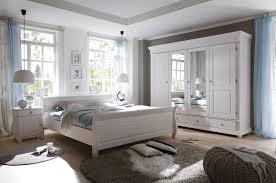 komplettes schlafzimmer gã nstig schlafzimmer mit bett 180 x 200 cm massiv kiefer weiss mit