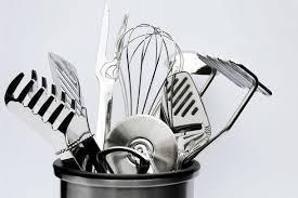 ustensil de cuisine la liste des ustensiles indispensables en cuisine