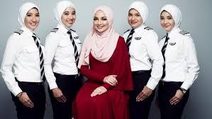airasia uniform airasia female pilots get specially designed hijab as part of uniform