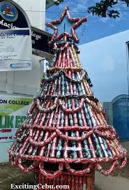 christmas tree made of coke cans this christmas tree is lo u2026 flickr