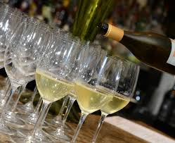 what to drink now white wine for hosting a holiday party d magazine