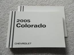 2005 chevrolet colorado owners manual chevrolet amazon com books