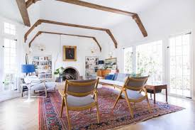 Mixing Mid Century Modern And Traditional Furniture How We Refinished Our Wood Beams Emily Henderson