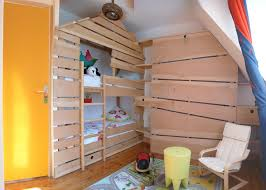 cabane chambre cabane enfant chambre lit cabane bois massif via via lit cabane