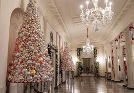 how the obamas decorated for their at the white house