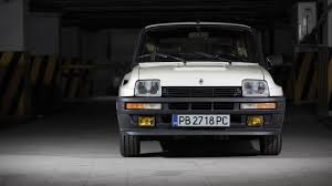 renault r5 turbo 1983 renault 5 turbo 2 is what hatchback dreams are made of