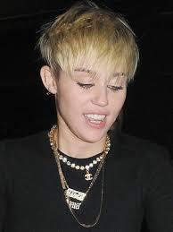 full forward short hair styles miley cyrus s 7 crop styles short hair black eyeliner and pixies