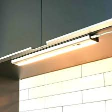 eclairage meuble cuisine led eclairage sous meuble haut cuisine spot meuble cuisine lumiere