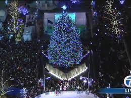 light up the season u0027 at downtown detroit u0027s campus martius park