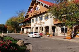 beautiful seasonal decorations picture of bavarian inn lodge
