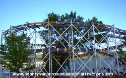 Lights On The Lake Lakemont Park Lakemont Park Is The 8th Oldest Park In U S