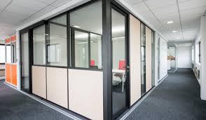 cloison pour bureau cloison amovible aluminium aménagement bureau espace tertiaire