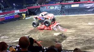 grave digger monster truck costume thoughest monster truck tour stockton arena 3 25 16 youtube