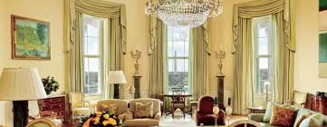 trump white house residence what does melania donald trump s white house bedroom look like