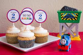 william is two a thomas the train birthday party kristine u0027s