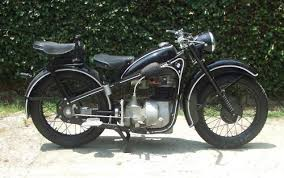 bmw r35 bret s 1940 bmw r35 1948 r35 right by bret mbike com