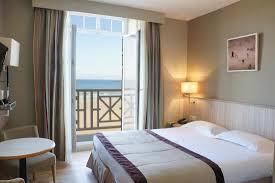 chambre hotes st malo chambre avec balcon vue mer photo de hôtel antinéa malo