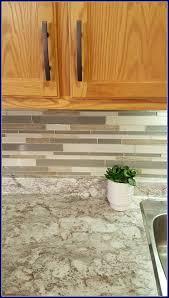 kitchen backsplash with oak cabinets and white appliances mamaeatsclean a honey oak kitchen with white appliances a