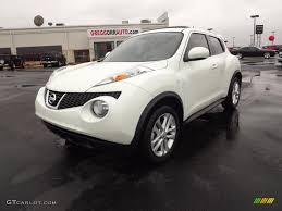 nissan juke white 2011 white pearl nissan juke sv 60111680 gtcarlot com car