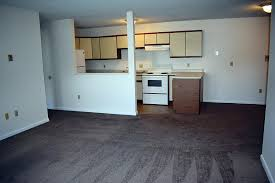 2 Bedroom Apartments For Rent In Bangor Maine Cedarwoods Apartments Rentals Bangor Me Apartments Com