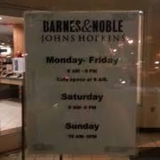 barnes noble bookstore 12 reviews bookstores 3330
