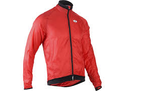 lightweight mtb jacket review the lightweight sugoi rs jacket feedthehabit com