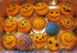 halloween cupcake decorating ideas veggieboards a vegetarian