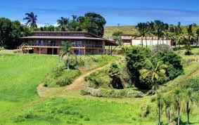 Hawaiian House Laird Hamilton And Gabrielle Reece List Hawaiian Home For 2 79m