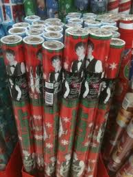 justin bieber wrapping paper bieber wrapping paper hahaha need this justin bieber 3
