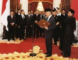 biografi bj habibie english bacharuddin jusuf habibie wikipedia bahasa indonesia ensiklopedia