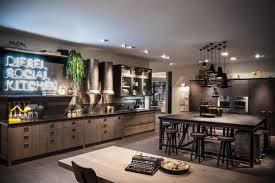 meuble ind駱endant cuisine diesel social kitchen 與時尚品牌diesel合作設計的 廚房 跳脫對廚房