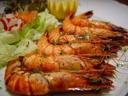 cuisiner des crevettes recette de crevettes au gingembre et au citron vert la recette facile