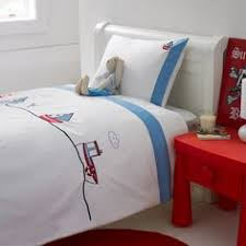 Duvets Pillows Windsor Throwover Bedspread U003ebedspreads U0026 Throws U003ebedroom