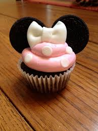 sutton requested minnie mouse cupcakes for her 4th birthday i