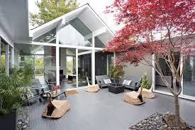 atrium style house house style