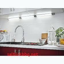 eclairage pour cuisine eclairage pour meuble de cuisine plinthes pour meubles cuisine