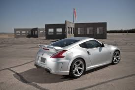 nissan 370z nismo body kit 2010 nissan 370z nismo with 350hp hits the road at 39 850