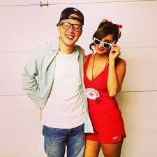 20 couples halloween costumes you won u0027t roll your eyes at couple