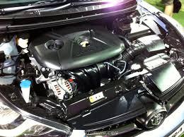 kereta hyundai all new 2012 hyundai inokom elantra launched in malaysia